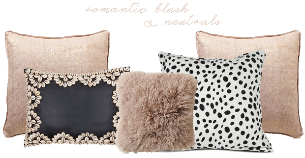 Throw Pillows Look1