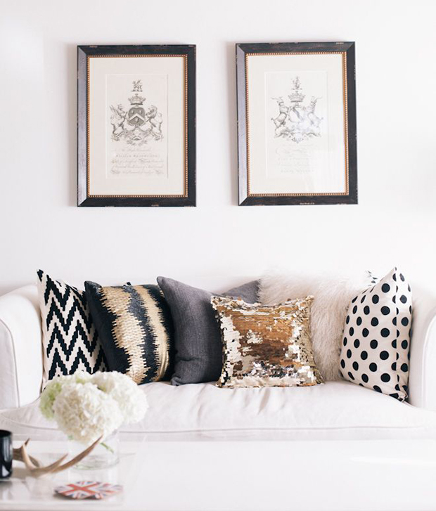How to Choose Throw Pillows for Your Couch