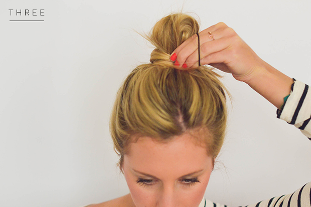 messy-bun-step3