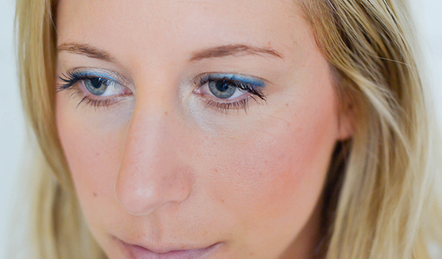 blue_eyeliner_summer_beauty