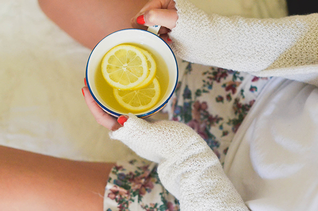 wake-up-your-skin-lemon-water