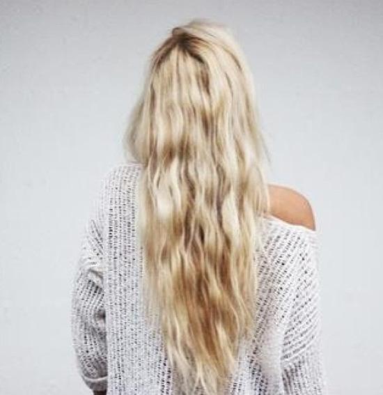 long wavy hair2