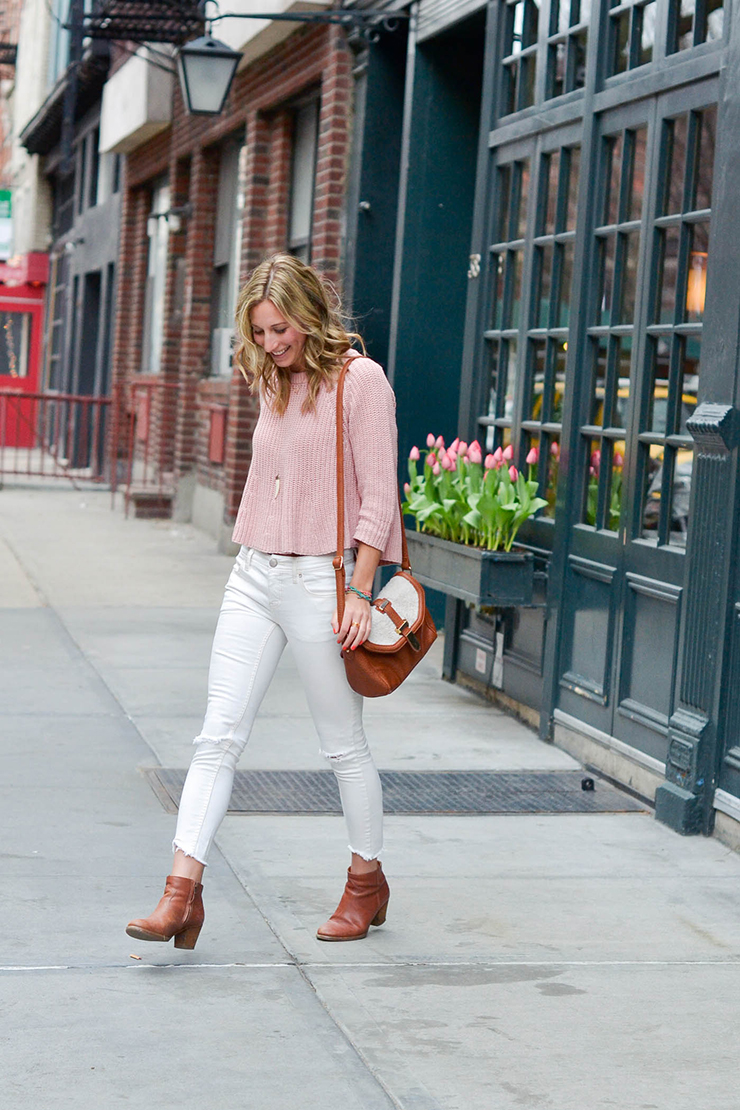 spring outfit white denim madewell top