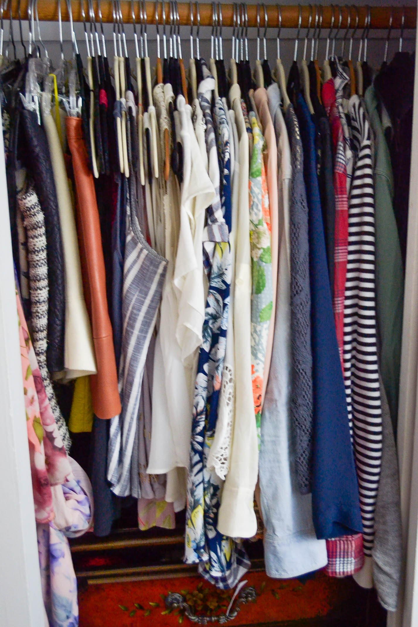 How to clean out your closet - Cleaning out your closet ...