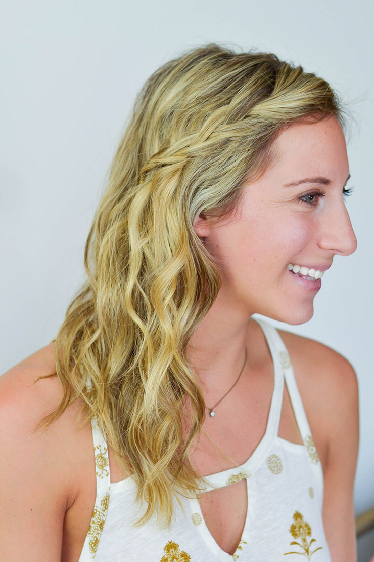 How To Style Hair In Humidity