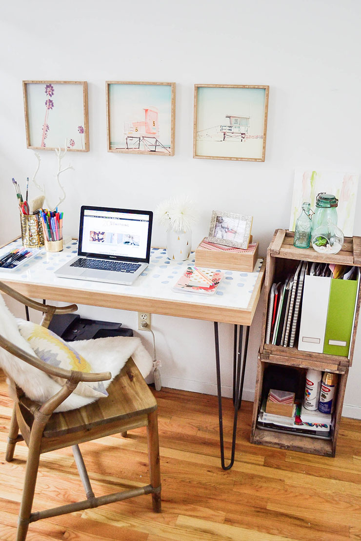 Small spaces how to create a home office in a tiny - Creating a small home office ...
