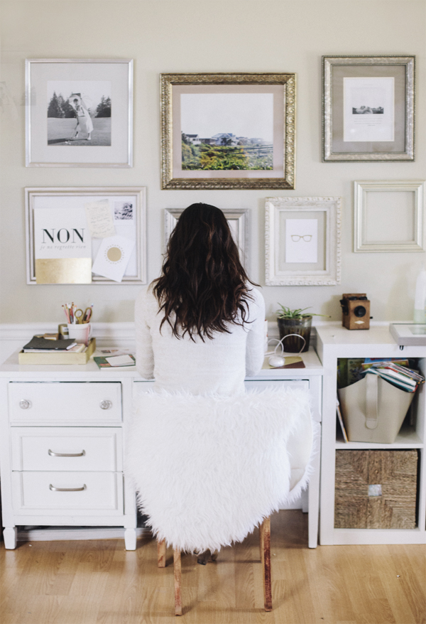 Ask Amanda: How to Decorate Your Office Cubicle