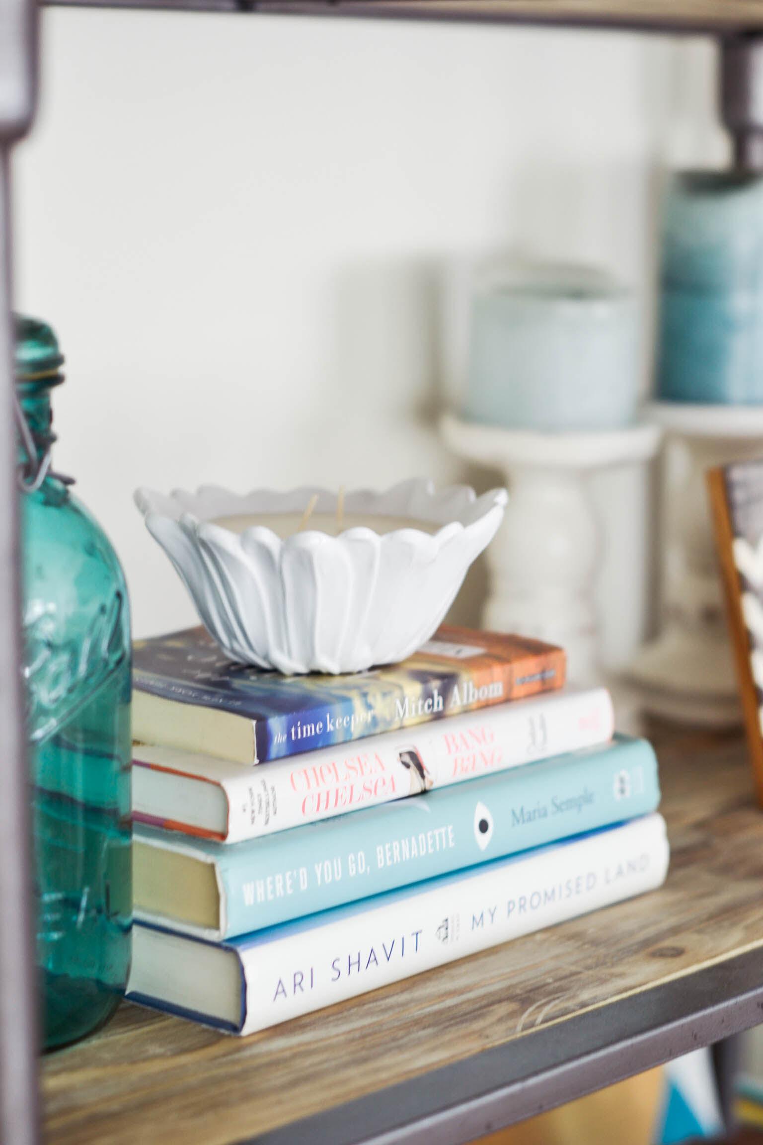 bookshelf candles1
