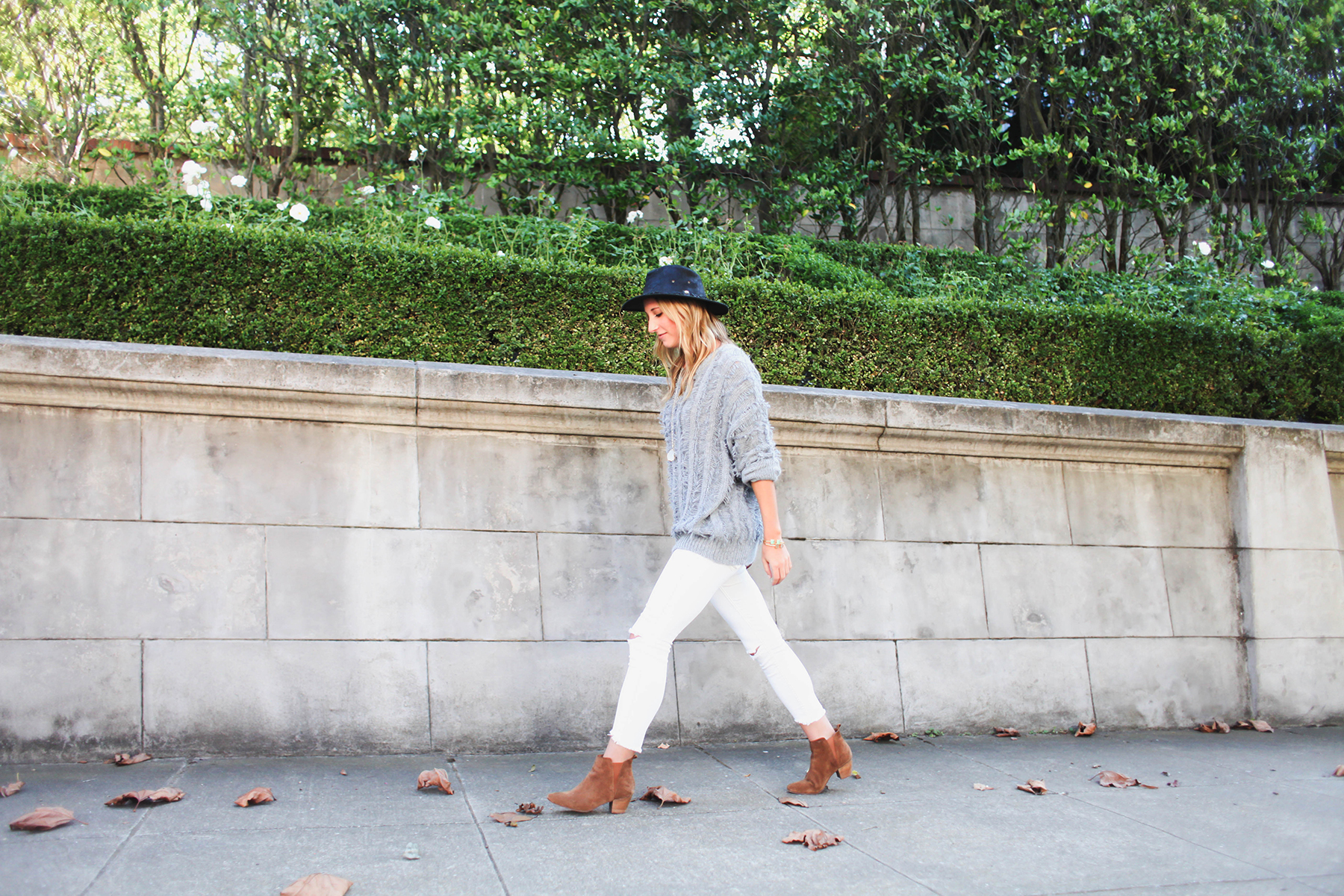 white jeans in fall