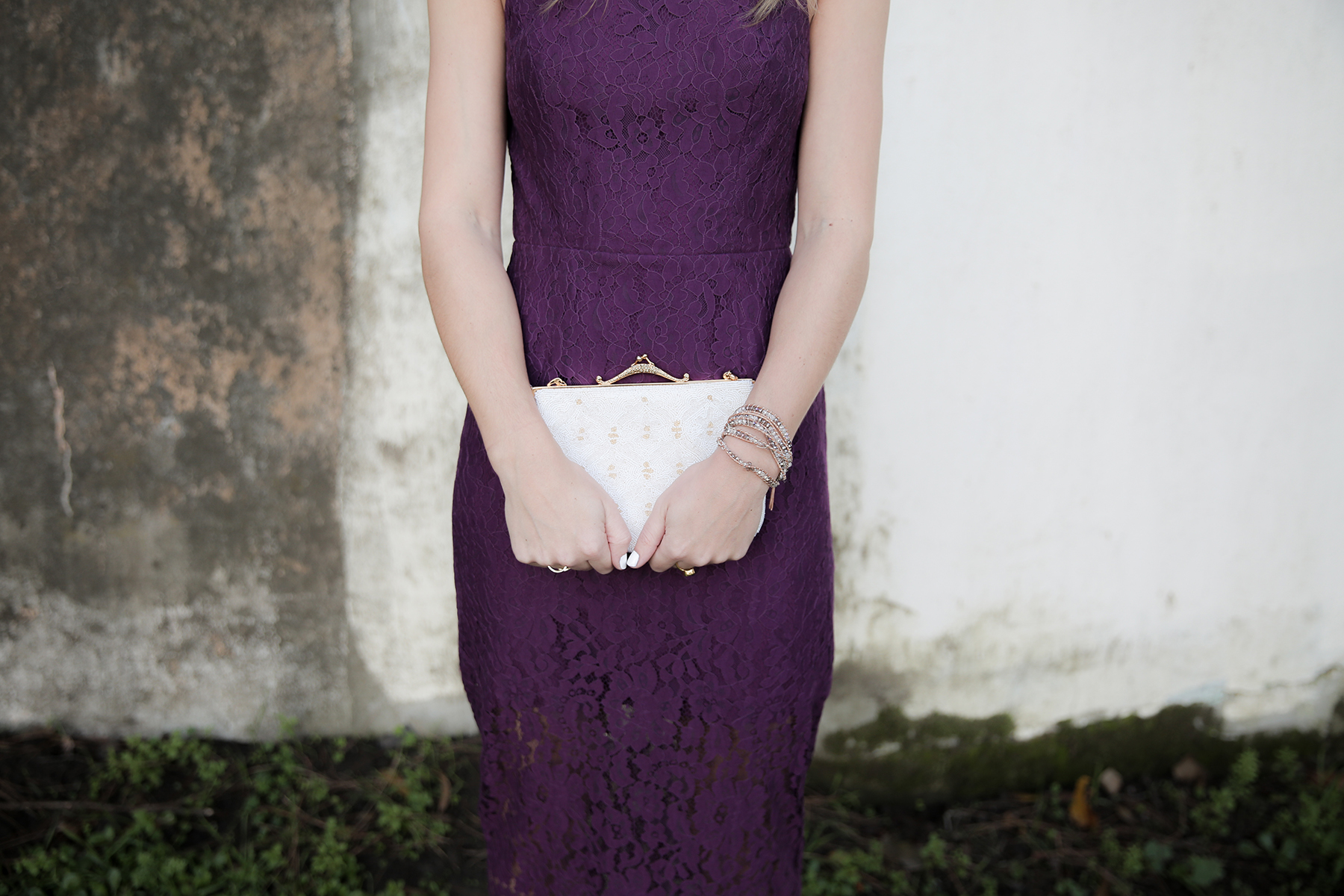 lace dress, winter wedding dress, winter wedding guest attire, bloomingdales dress, holiday dress, lace cocktail dress, vintage purse, Photo by Andrea Posadas of Amanda Holstein for Advicefroma20Something.com
