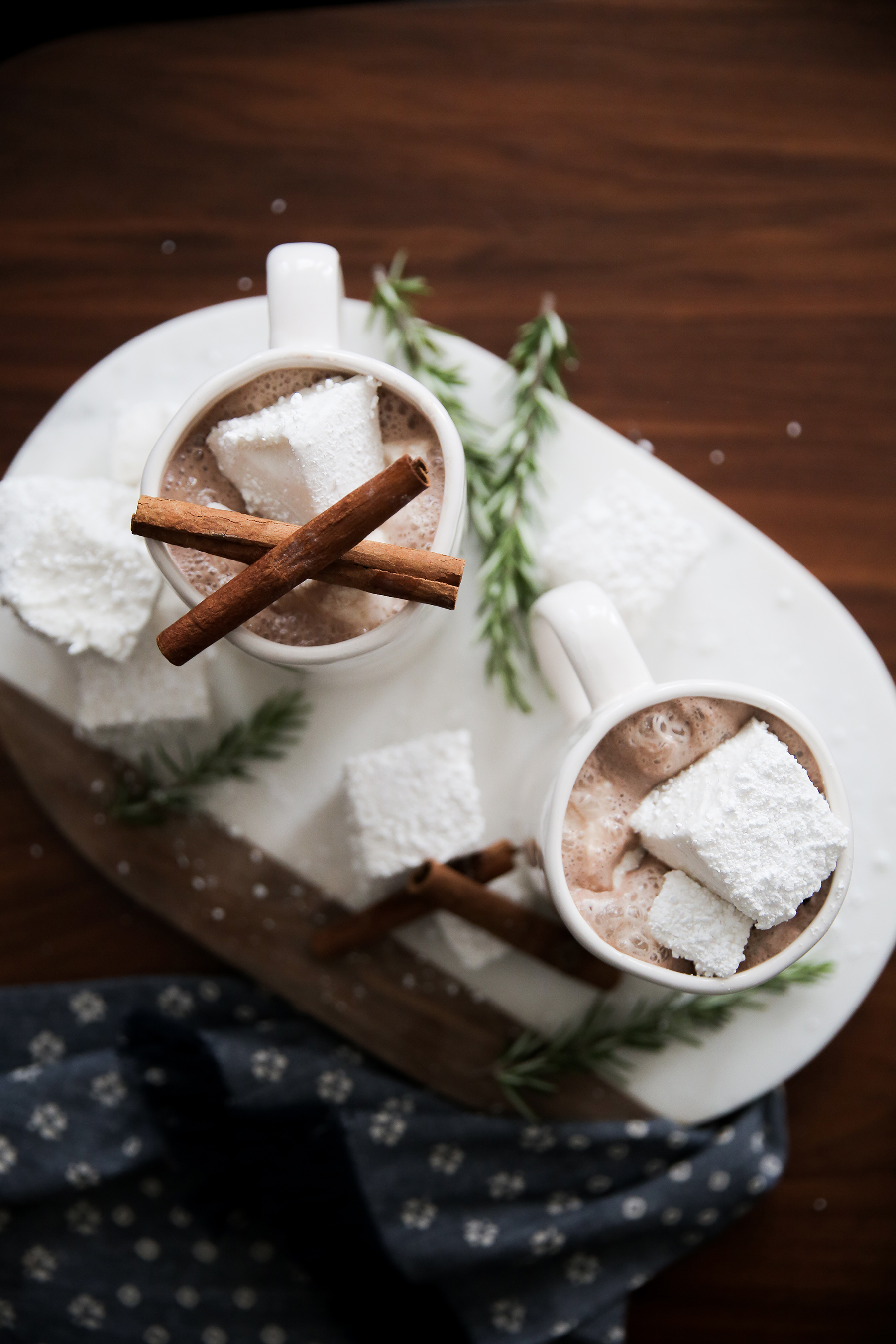 top 10 popular posts of 2015 from Advicefroma20Something.com, cozy holiday shoot, beautiful hot chocolate, marble tray, homemade marshmallows, hot chocolate and marshmallows, white mugs, hot cocoa
