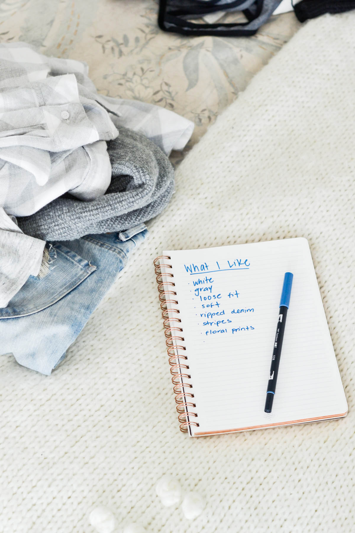 list of clothing Amanda Holstein likes during closet cleanout