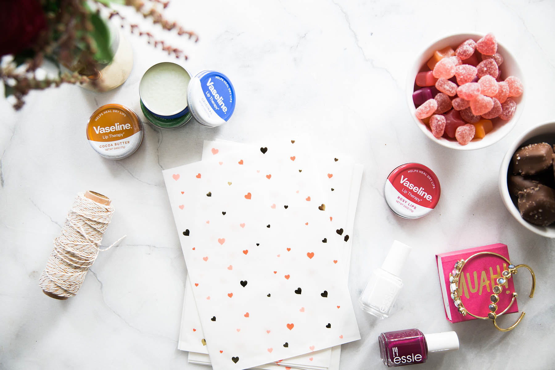 how to make a Galentine's Day gift bag for your girls this Valentine's Day