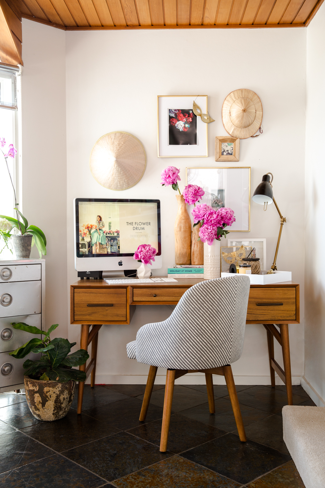 successful blogger west elm desk