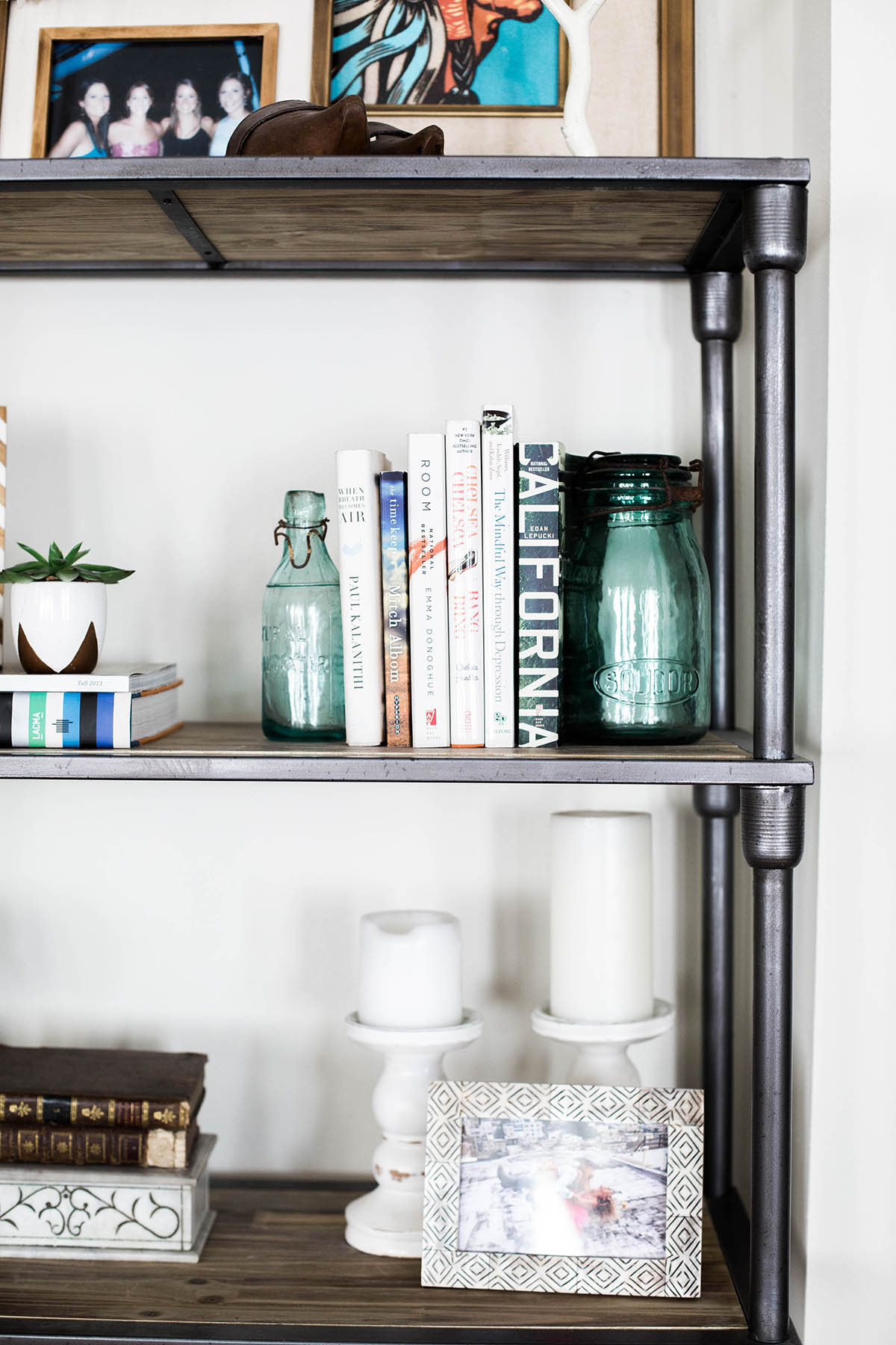 Bookshelf1 Bookshelf3 Bookshelf2