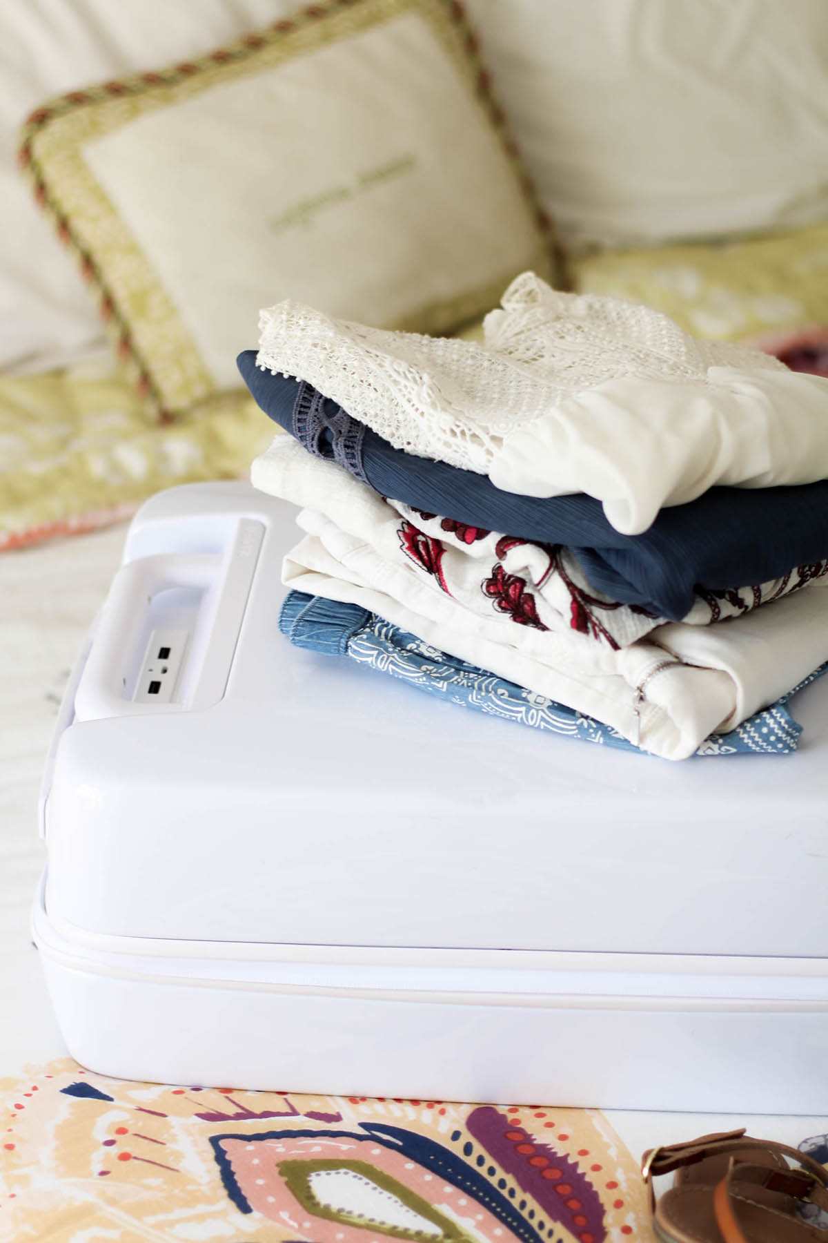 packing guide raden suitcase
