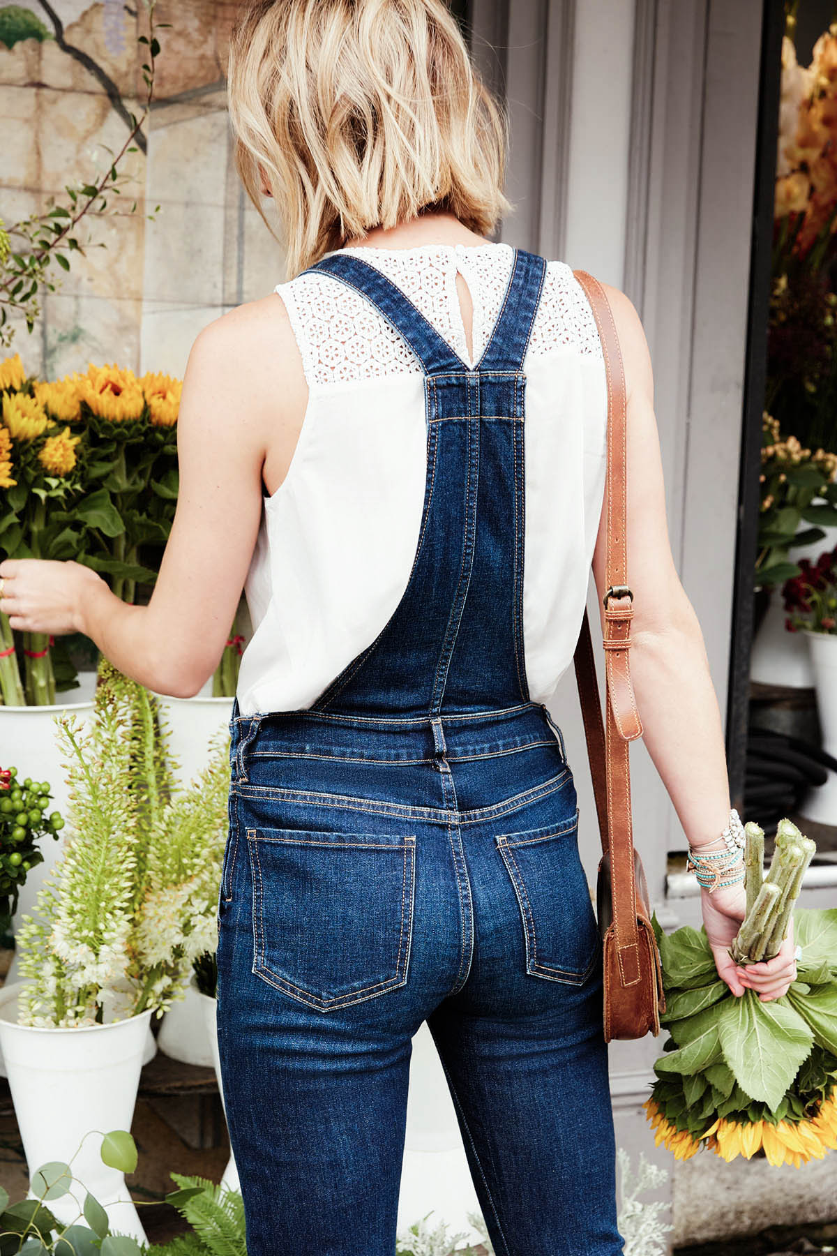 How To Wear Flare Denim Overalls From Summer To Fall