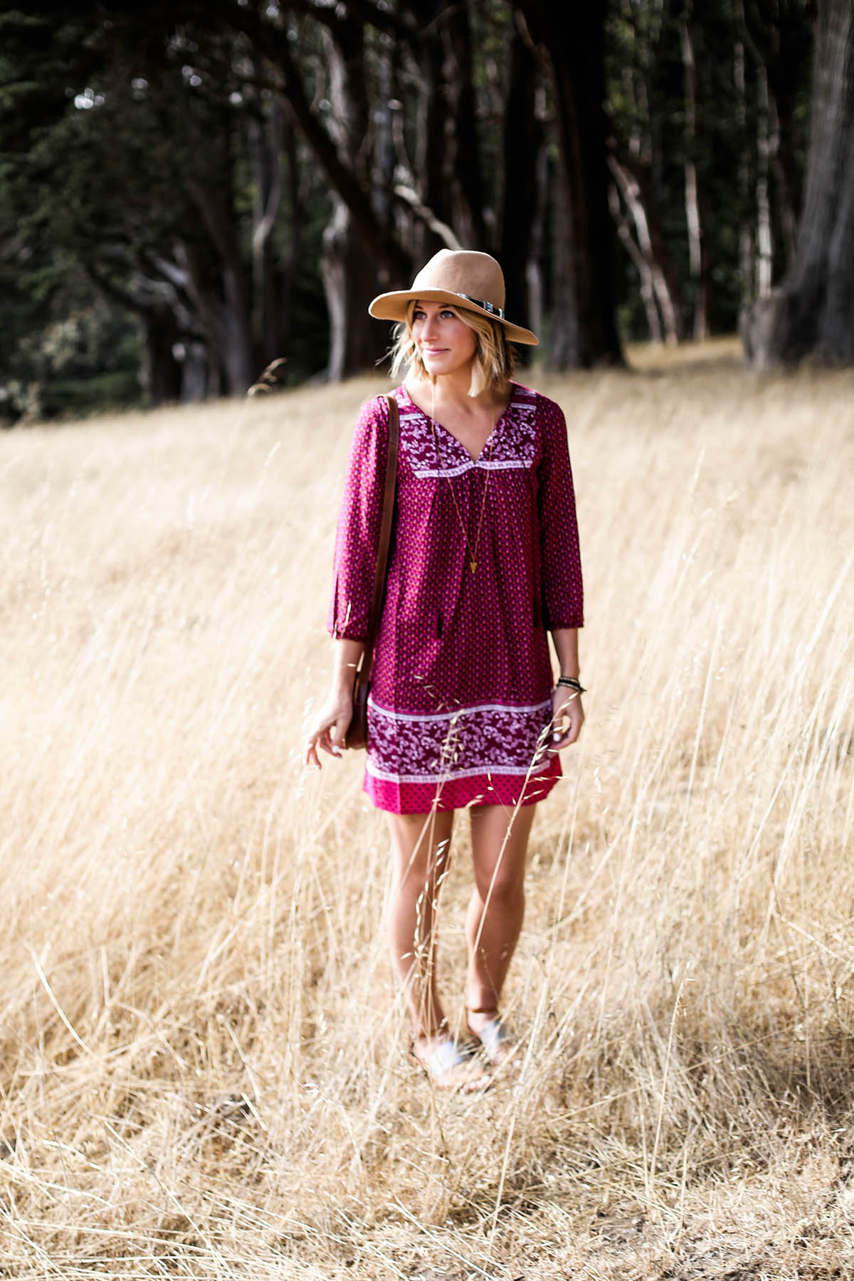 how to wear fall trends in summer weather with Old Navy long-sleeve dress