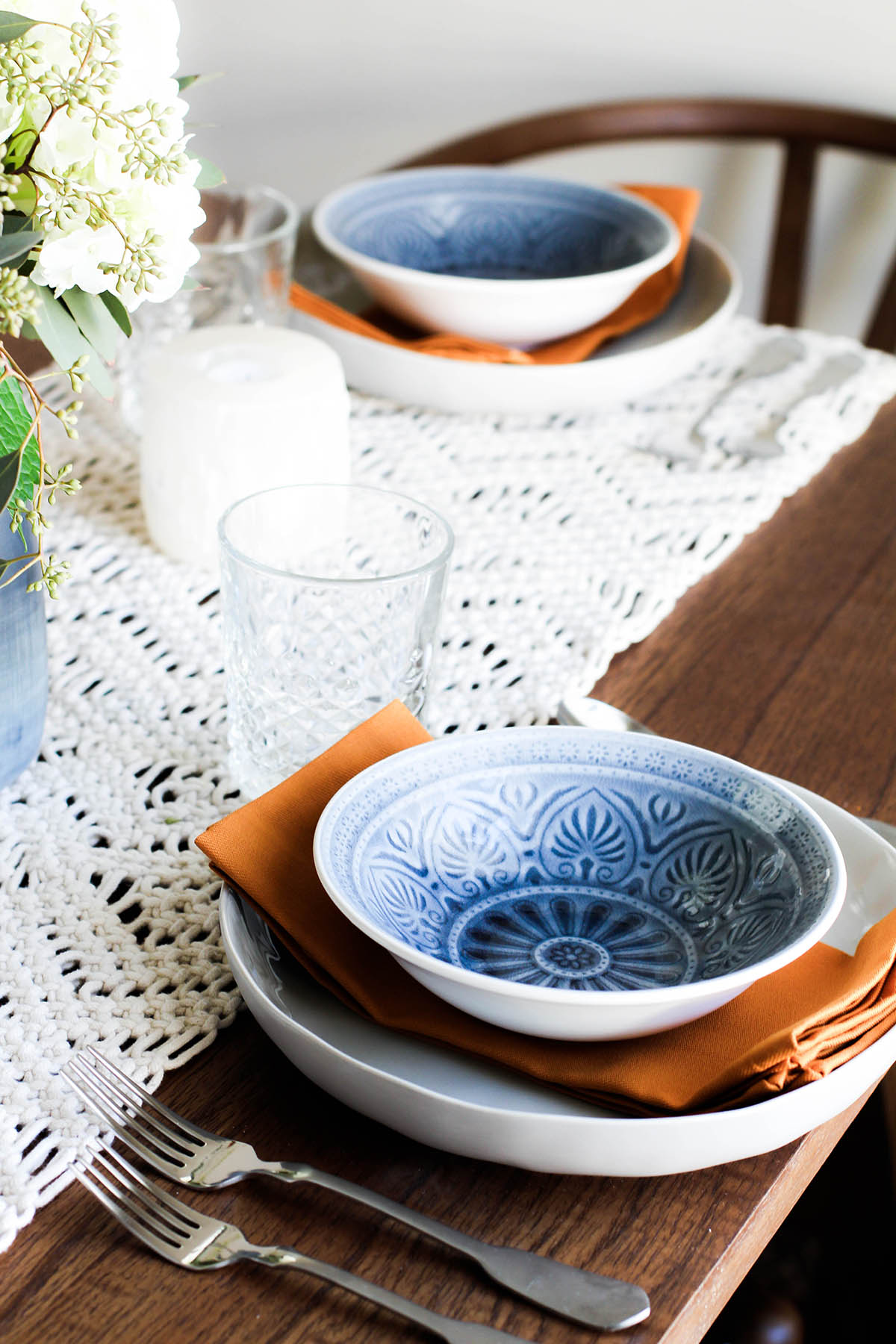Dining room plate sets