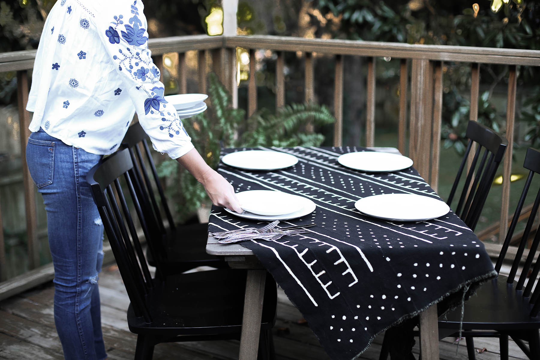7 Steps to Throwing Your First Dinner Party