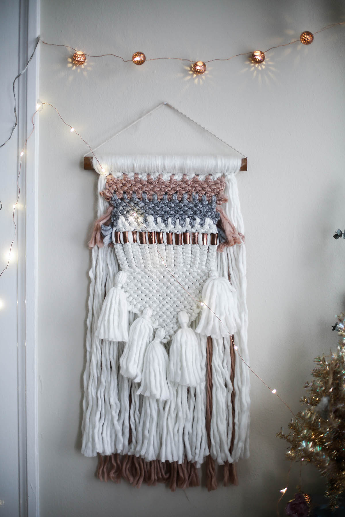 urban outfitters fiber woven wall hanging
