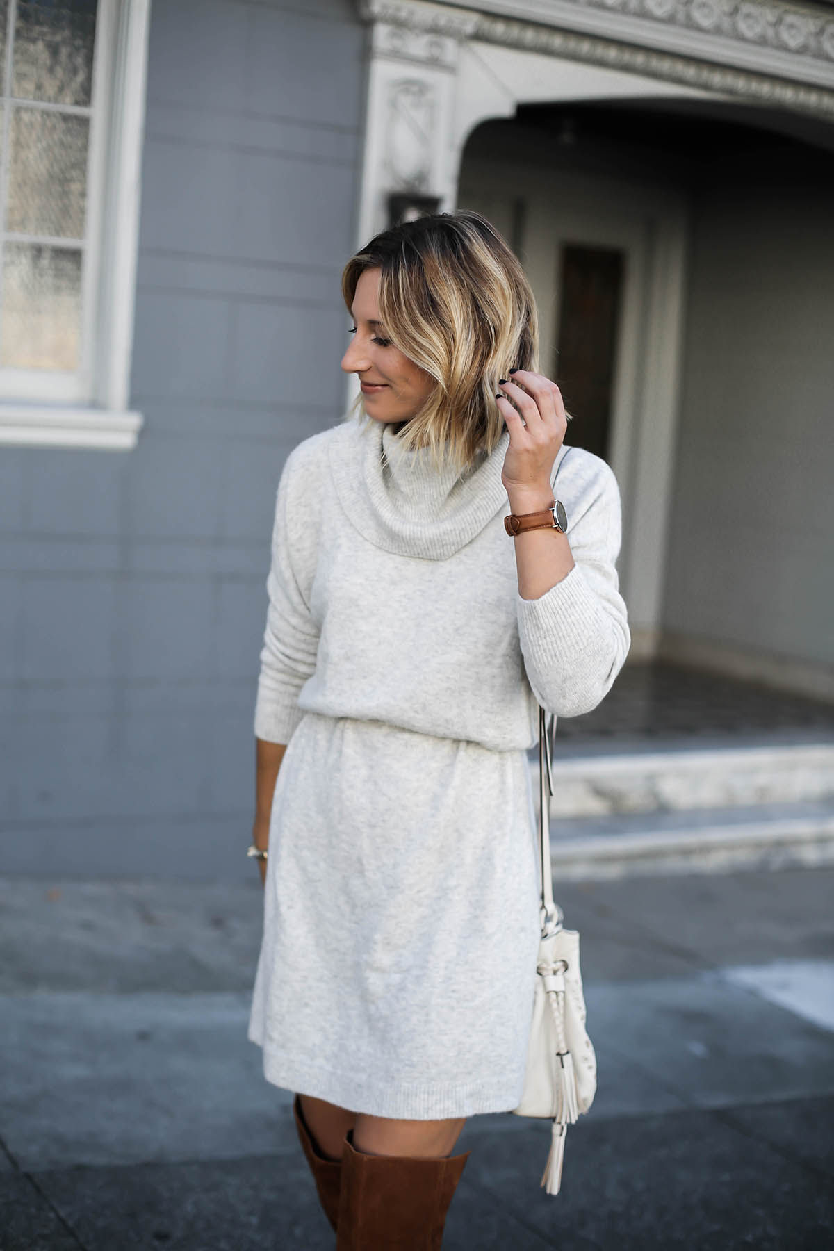 gray sweater dress thanksgiving outfit