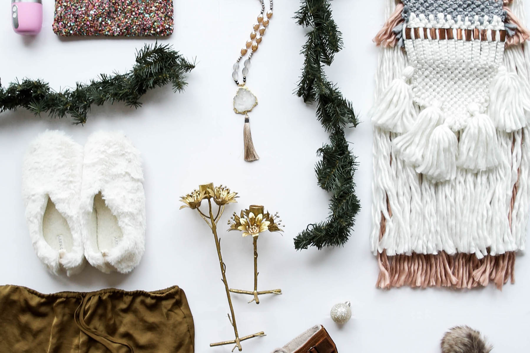 Gifts for Her: A Shoppable Gift Guide