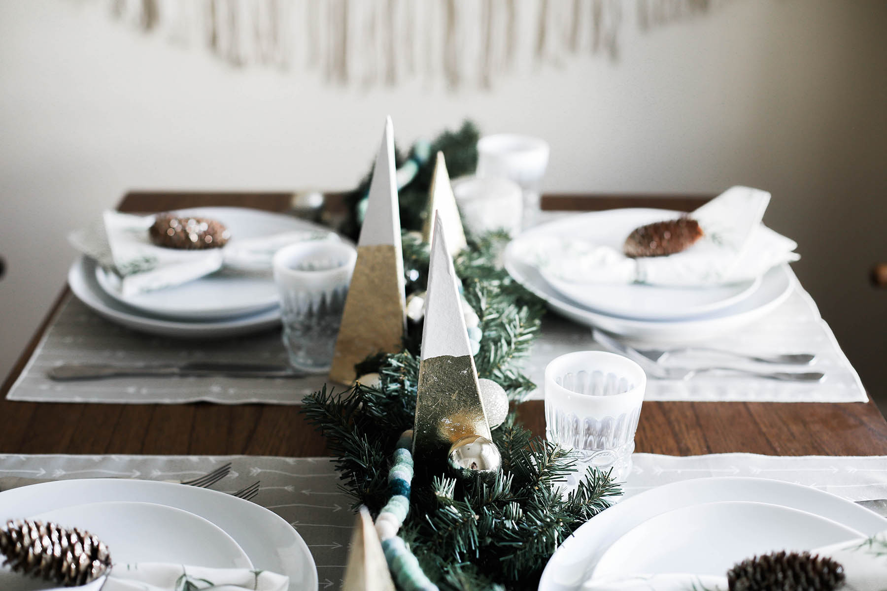 An Earthy Holiday Tablescape Idea + Minted Giveaway