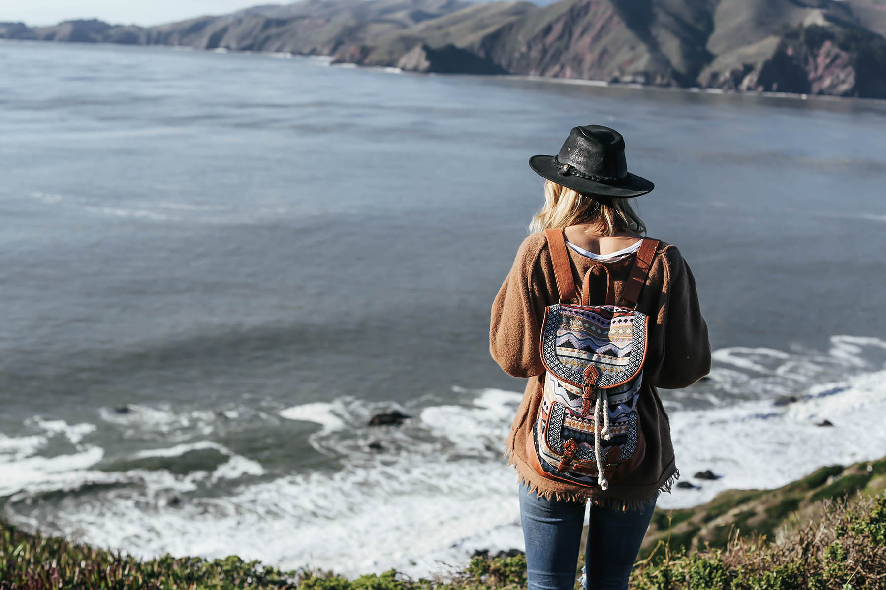 What to Pack for an Urban Hike