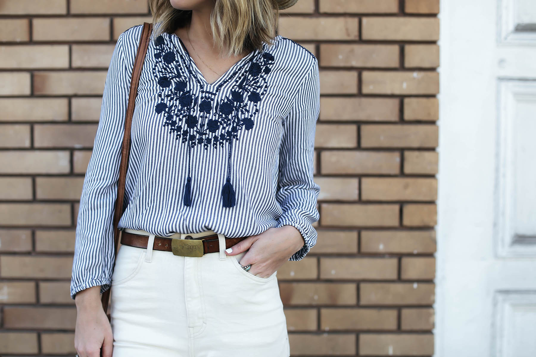 old navy embroidered nautical trend shirt and white high rise jeans