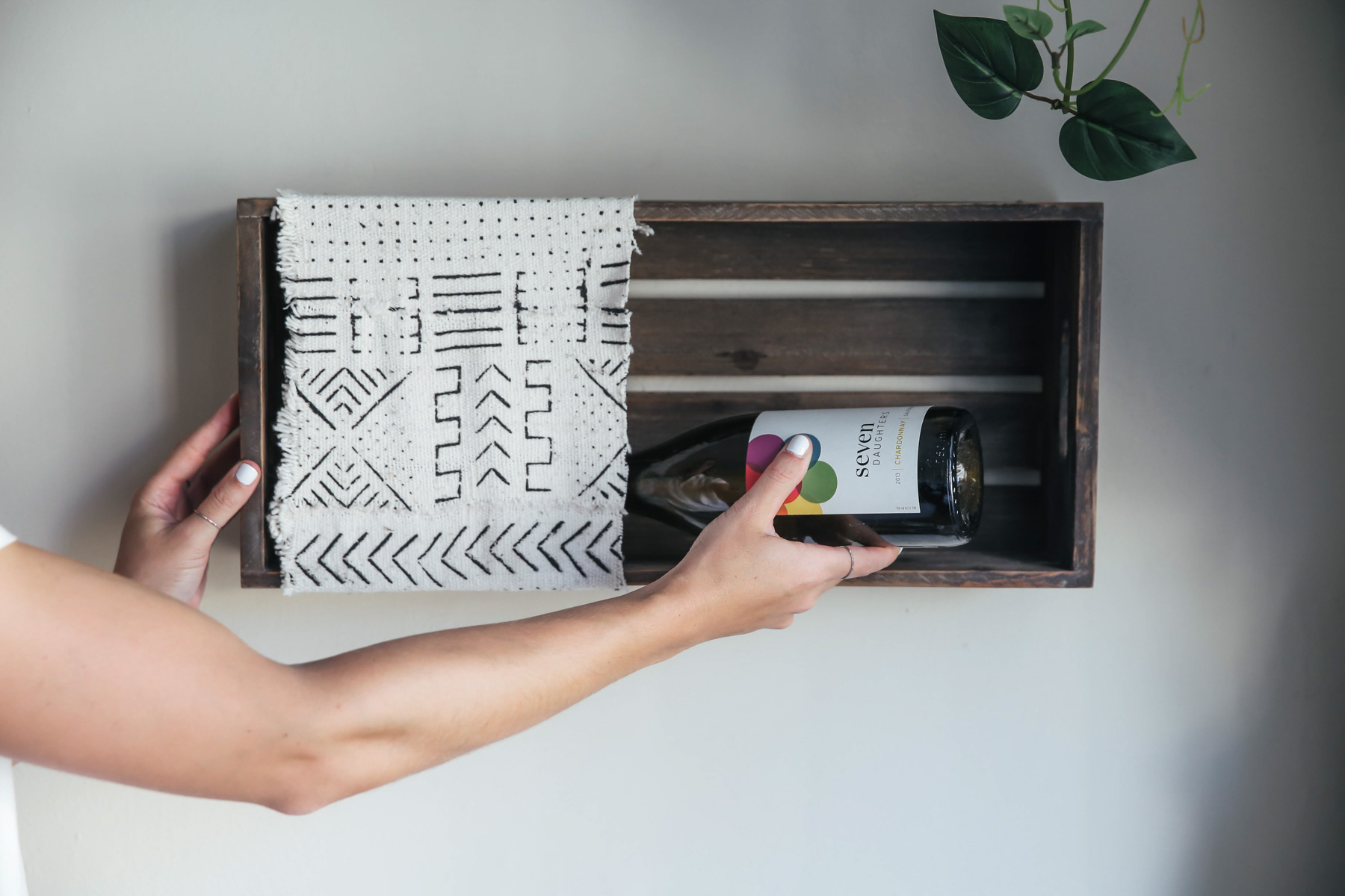 diy wine rack hanging crate