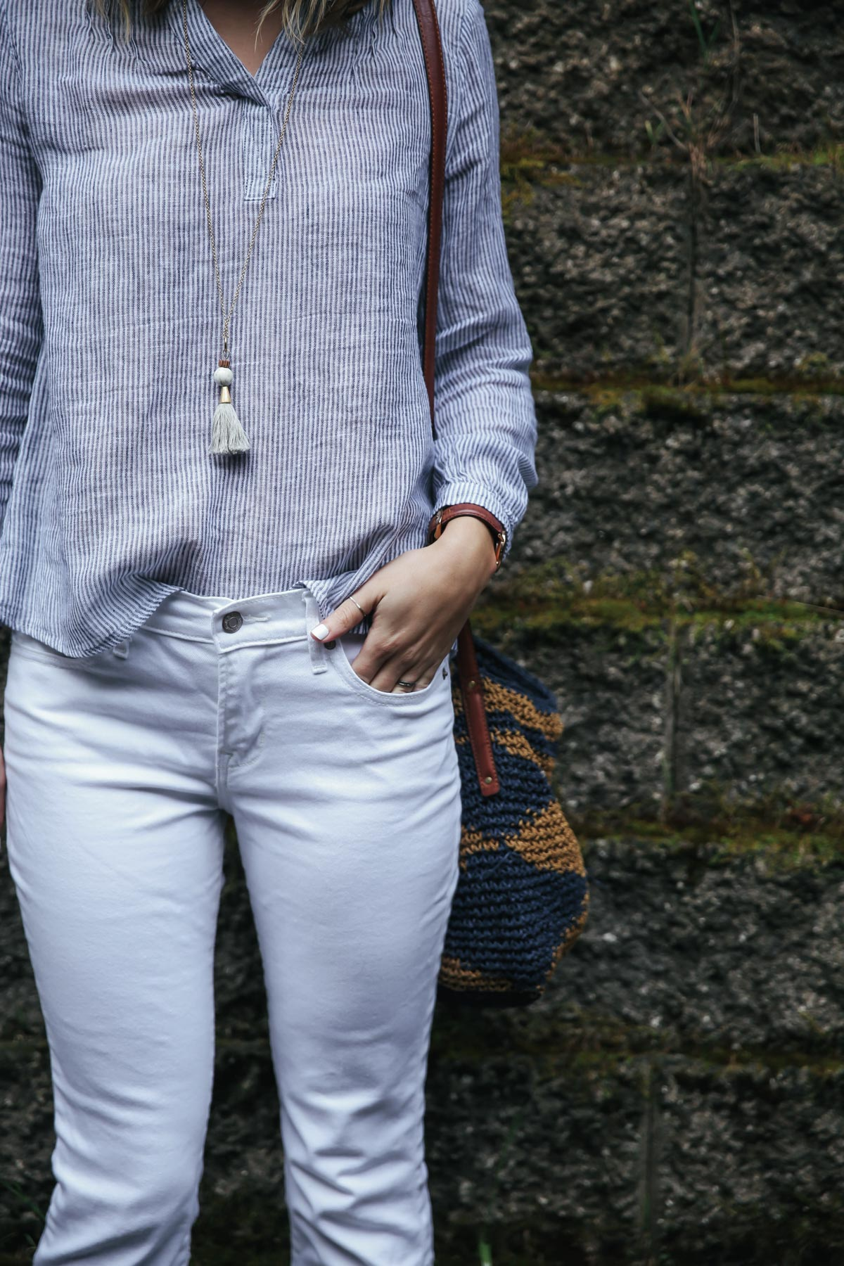 Old Navy white jeans and linen top with Natalie Borton tassel necklace