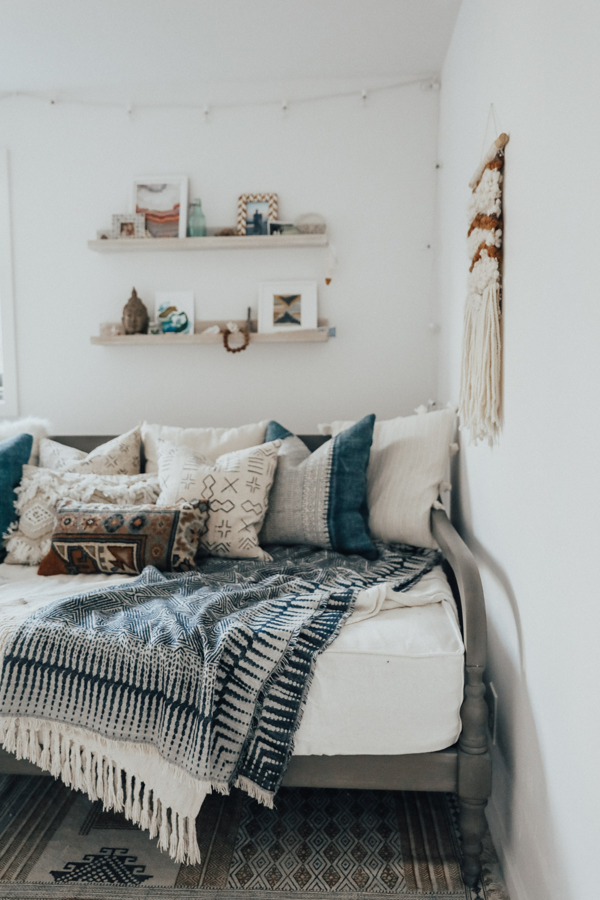 How To Style A Daybed Advice From Twenty Something