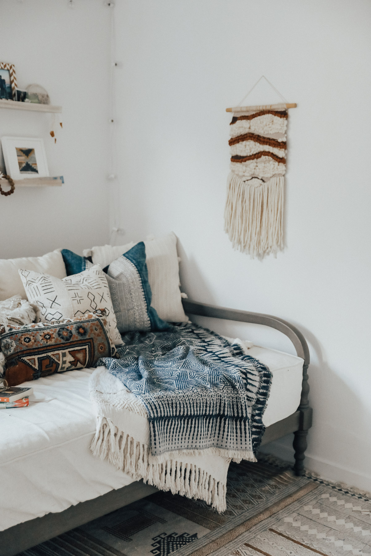 How To Style A Daybed Advice From A Twenty Something