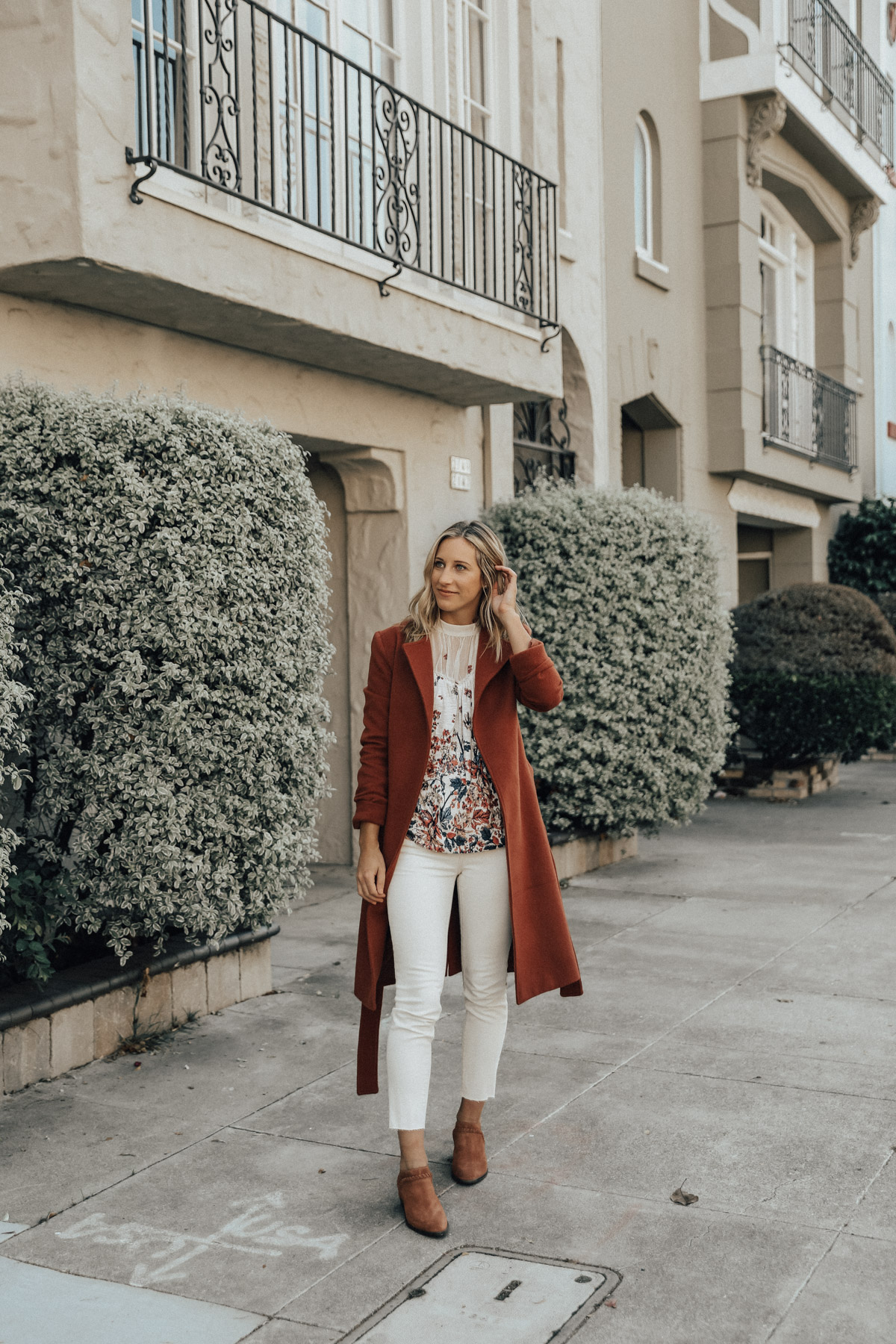 Fall Color Trend: Rust & Ivory