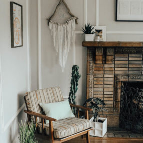 How to Style Plants in Small Spaces