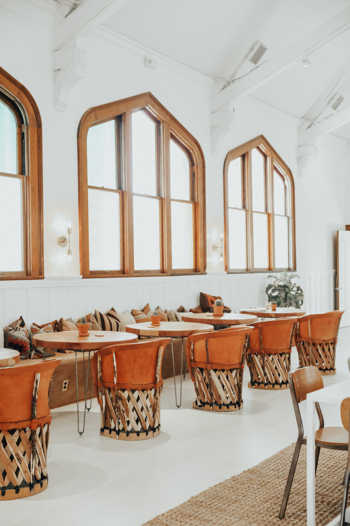 the assembly women's clubhouse coworking space in San Francisco photographed by Andrea Posadas for Advice from a 20 Something