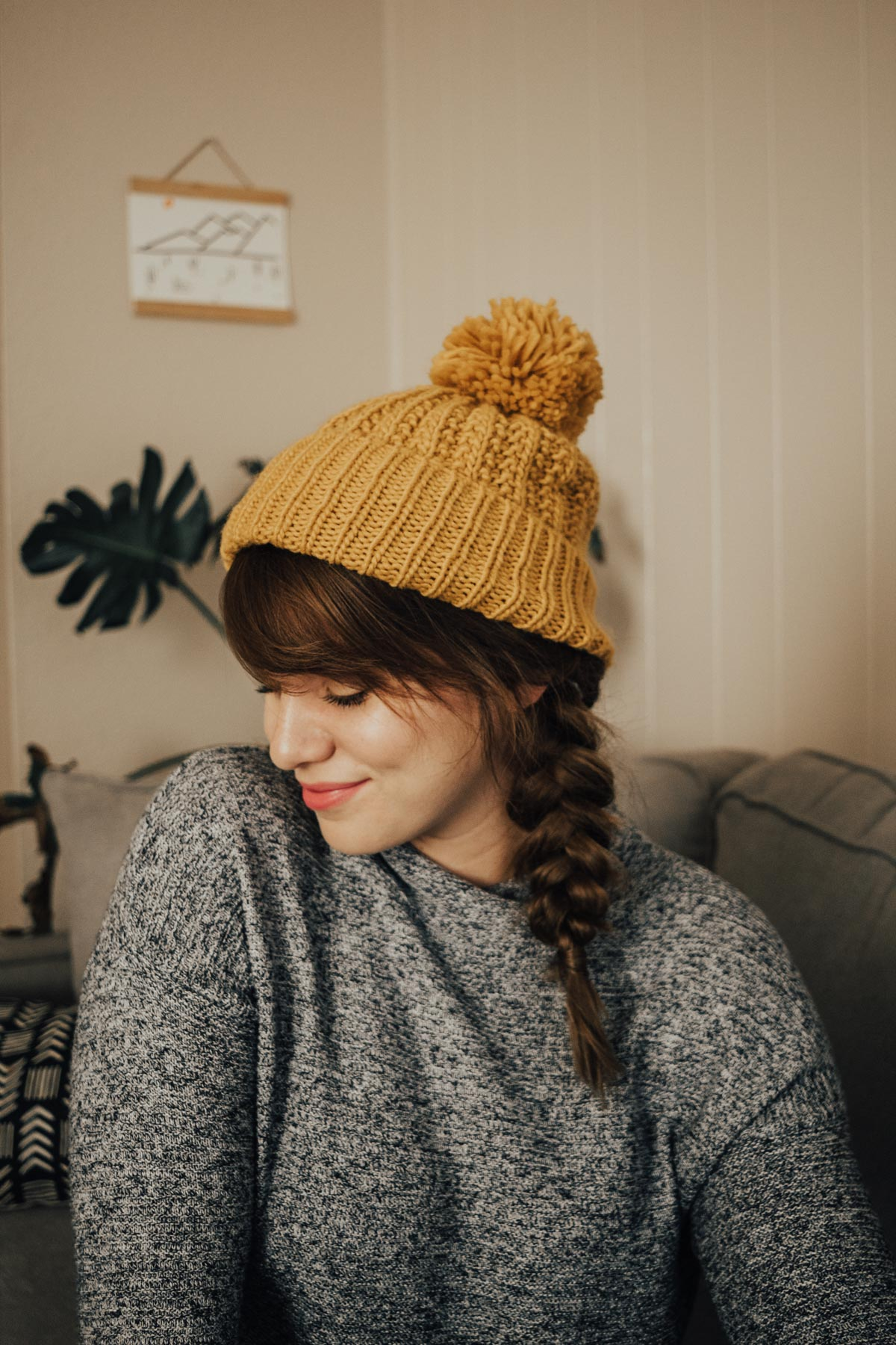 3 Hairstyles to Wear with a Winter Hat