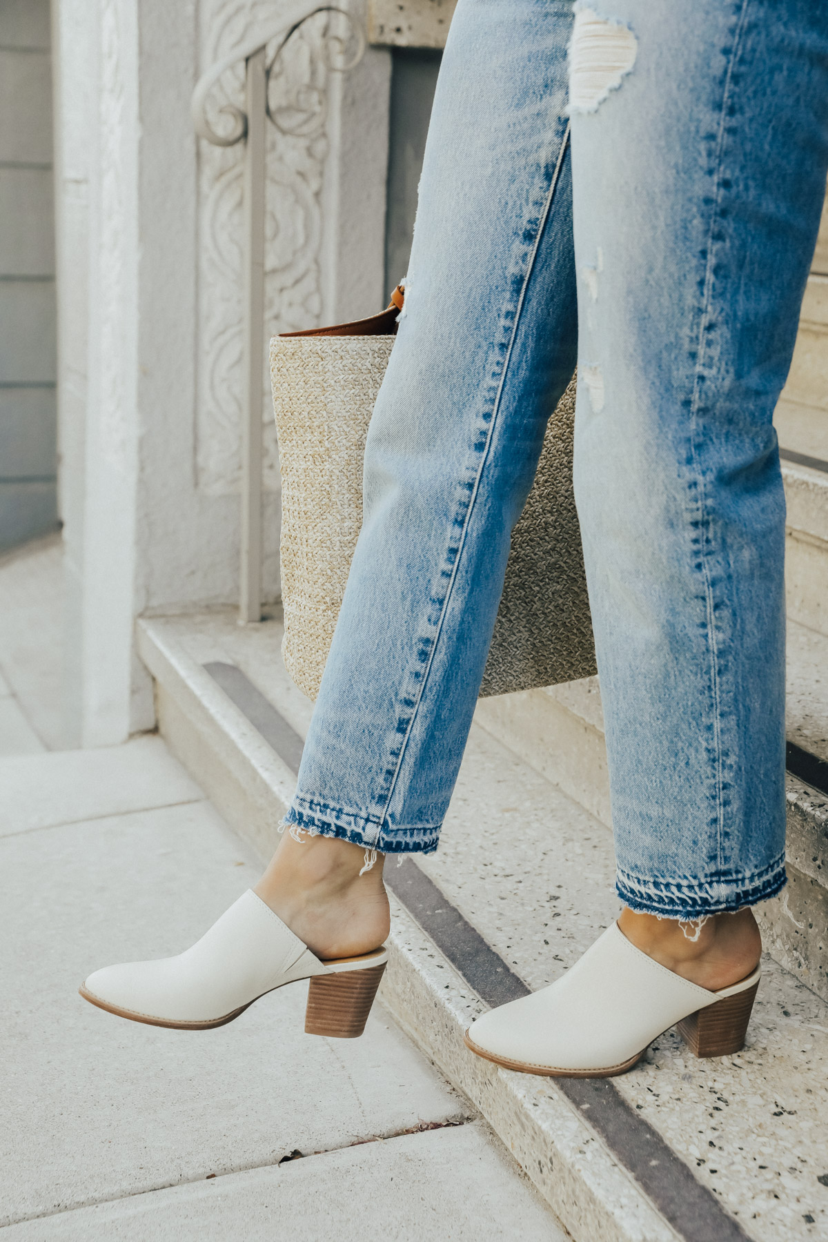 madewell mules and vintage jeans