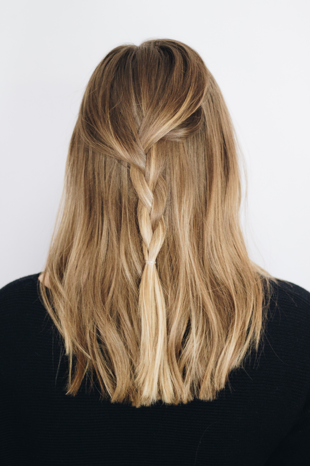 5-Minute Hairstyles for the Girl On-the-Go