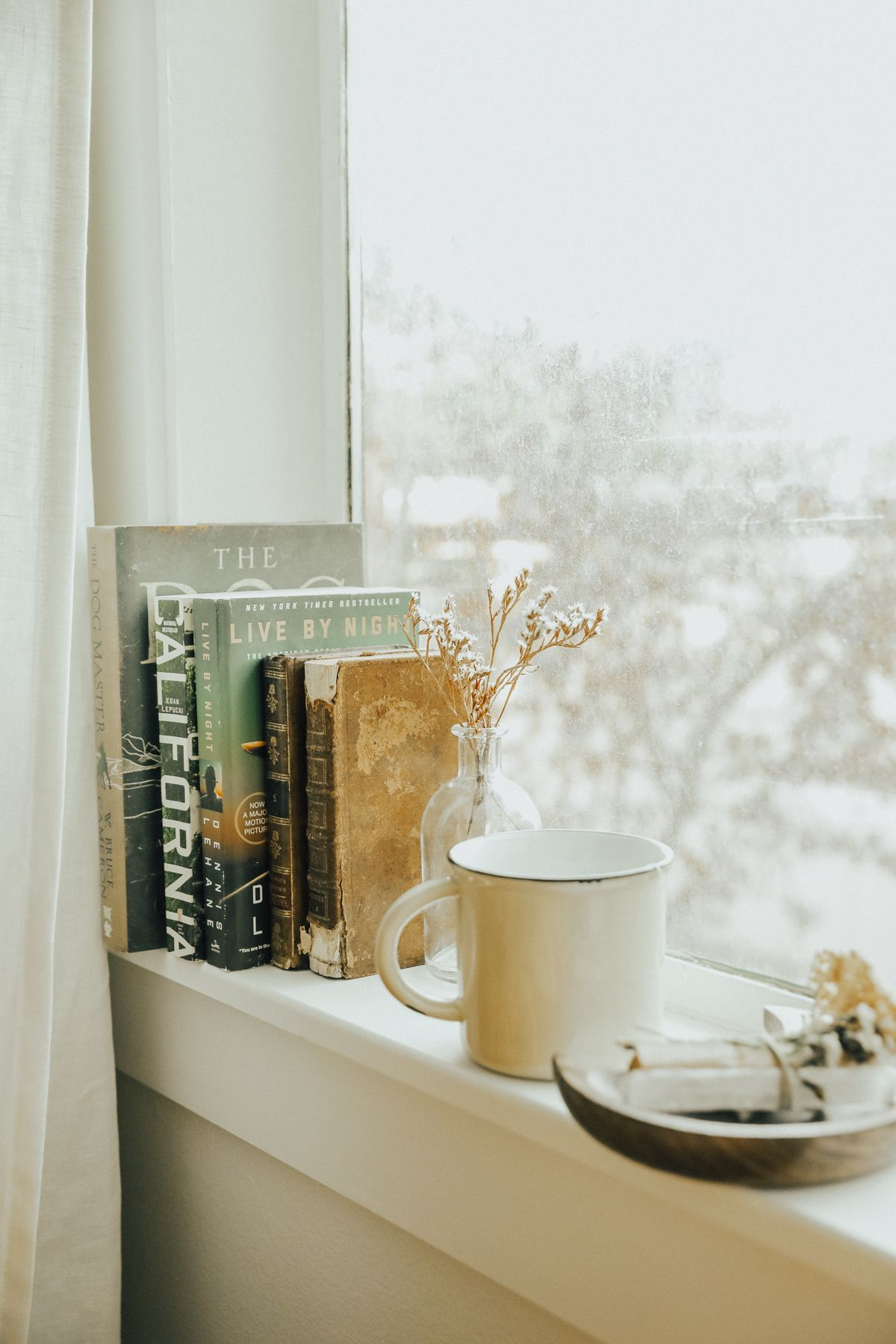 8 Items For the Home to Make Your Nest Cozy This Winter