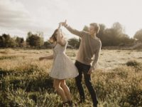 How To Healthily Communicate In A New Relationship